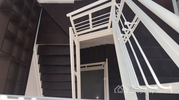 Newly Refurbished 4 Bedroom Luxury Terrace with a Maids Room, Banana Island, Ikoyi, Lagos, Terraced Duplex for Rent