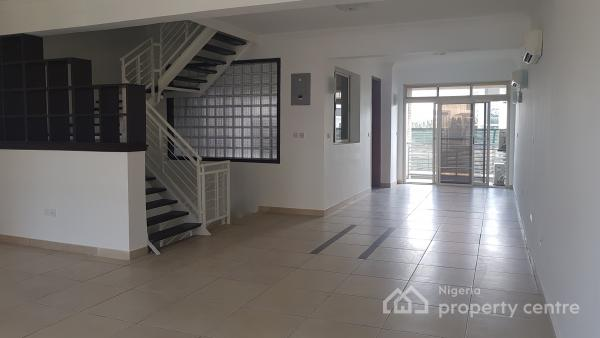 Well Maintained 4 Bedroom Luxury Terrace with a Maids Room, Banana Island, Ikoyi, Lagos, Terraced Duplex for Rent