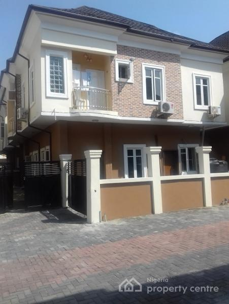 3 Bedroom Semi Detached House To Rent Rose Gardens: For Sale: 3 Bedroom Semi-detached Duplex, 5th Roundabout