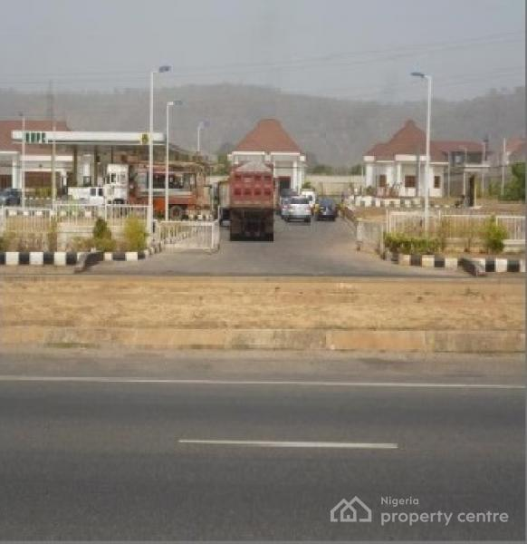 Nnpc Mega Filling Station a, Murtala Mohammed Express Way, Katampe Extension, Katampe, Abuja, Filling Station for Sale