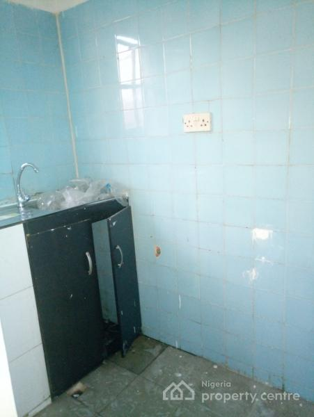 One Room Self-contained with Kitchen, Lekki Phase 1, Lekki, Lagos, Self Contained (single Rooms) for Rent