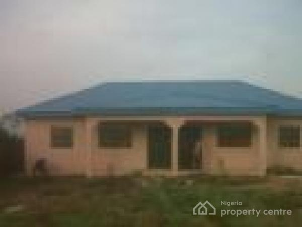 2 Bedroom Bungalow, 3, Julius Oladele Close, Arigbawonwo, Mowe Ofada, Ogun, Semi-detached Bungalow for Rent
