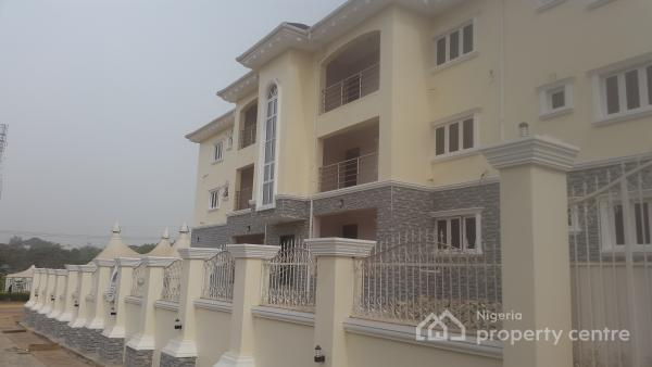 Flats, Houses & Land in Wuse, Abuja, Nigeria (84 available)