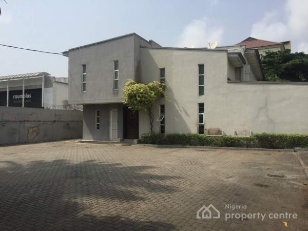 For rent 9 bedroom detached duplex with 2 room bq 3b for 9 bedroom house for rent