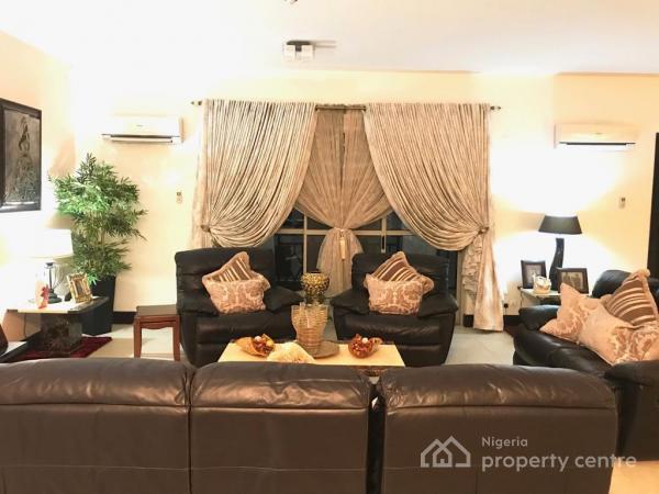 Expansive 4 Bedroom  Luxurious Apartment, Olu Holloway Street, Off Oba Adeyinka Oyekan Road, Old Ikoyi, Ikoyi, Lagos, Flat for Rent