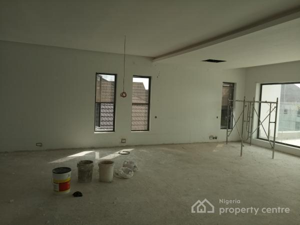 For sale modern luxury 5 bedroom with swimming pool for Houses for sale with attic room