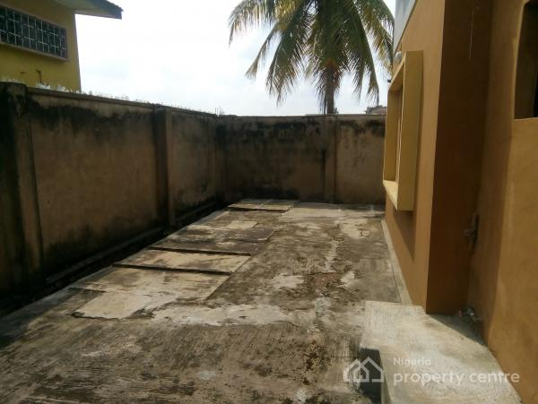 Corporate, Strategically Located 4 Room Office Space, Close to Mauve 21 Events Centre, Ring Road, Ibadan, Oyo, Office for Rent