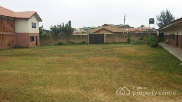 a Block of Classrooms and a Storey Building on Approximately 4 Plots of Land, Unity Estate, General Gas, Akobo, Ibadan, Oyo, Mixed-use Land for Sale
