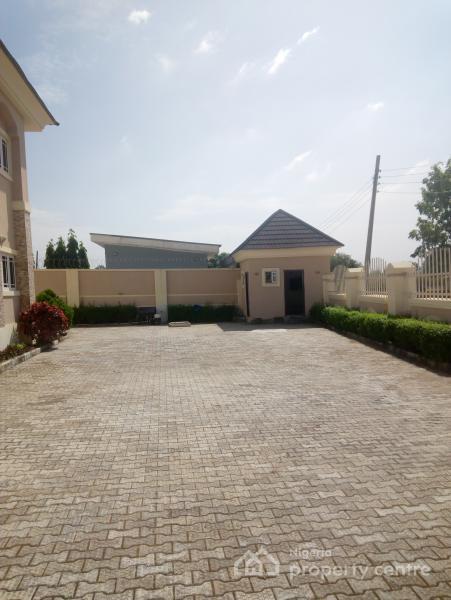 4 Bedroom Block of Flats, Dawaki, Gwarinpa, Abuja, Block of Flats for Sale