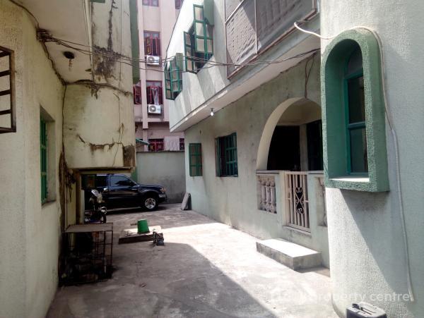 2-wings of 4-bedrooms Duplexes +2-units of 2-bedroom Bq, on Cmd Road, Inside Ikosi Gra, By Caleb International School, Gra, Magodo, Lagos, Detached Duplex for Sale