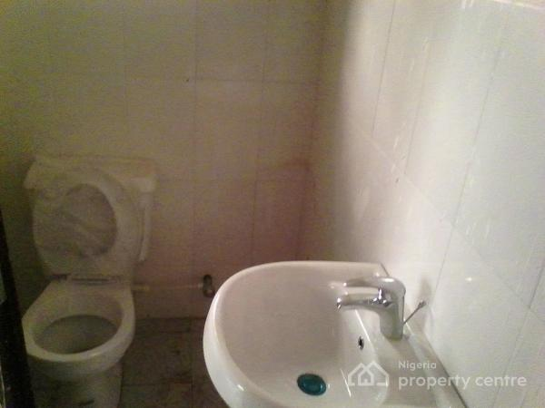 Newly Built 3bdroom in Rivervally, Berger, Ojodu, Lagos, Flat for Rent
