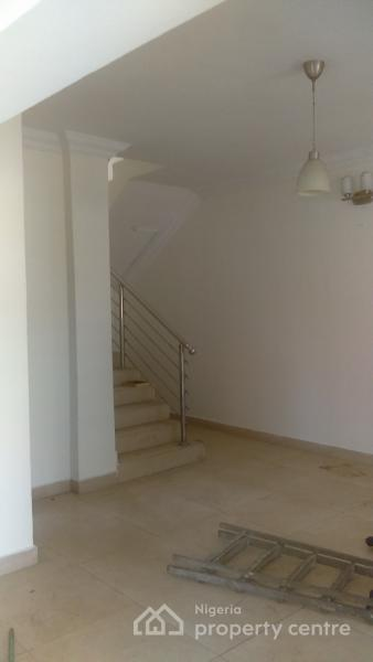 Beautiful 4 Bedroom Detached House + Bq  with Excellent Finishing, Magodo Brooks, Magodo, Lagos, Detached Duplex for Rent