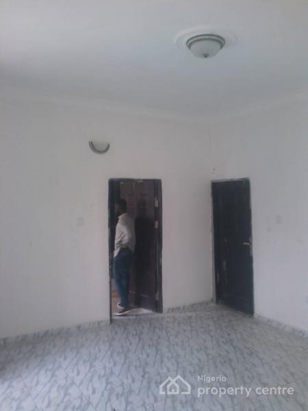 New Room and Palour (upstairs and Downstairs), Thomas Estate, Thomas Estate, Ajah, Lagos, Mini Flat for Rent
