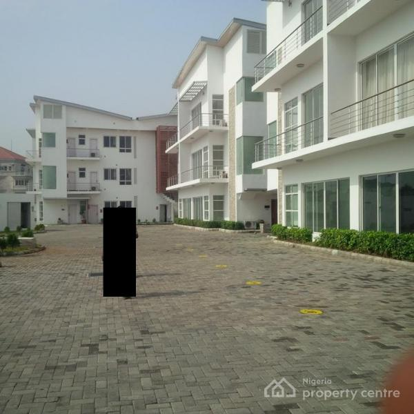 Waterfront Apartments: For Sale: Waterfront Apartments, Banana Island, Ikoyi