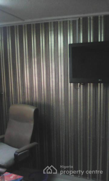 3 Room Upper Floor Office Space, Off King George Street, Onikan, Lagos Island, Lagos, Office Space for Rent