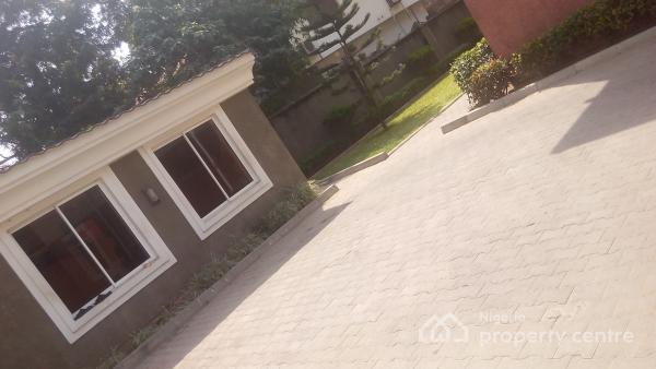 For Rent Luxury And Tastefully Top Notch 4 Bedroom Serviced Semi Detached Duplex With A Bq Garden Ac Gen Furnished Kitchen Gym Maitama District Abuja 4 Beds 4 Baths Ref 218327