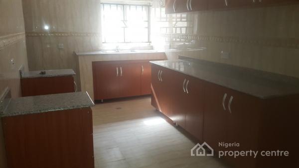 Serviced 3 Bedroom Flat, Off Ademola Adetokunbo Crescent, Wuse 2, Abuja, Flat for Rent