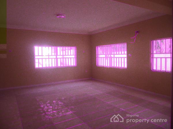 Old 6 Bedrooms+2 Rooms Bq, Maitama District, Abuja, Semi-detached Duplex for Rent
