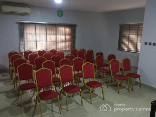 Cozy, Yet Affordable 10 Seater Meeting Room and 30-40 Seater Space, No 5 Ajayi Street, Onike, Yaba, Lagos, Conference / Meeting / Training Room for Rent