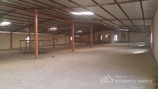 Warehouse of 28500 Sqft Capacity Exclusive Compound, 7 Up, Alausa, Ikeja, Lagos, Warehouse for Rent