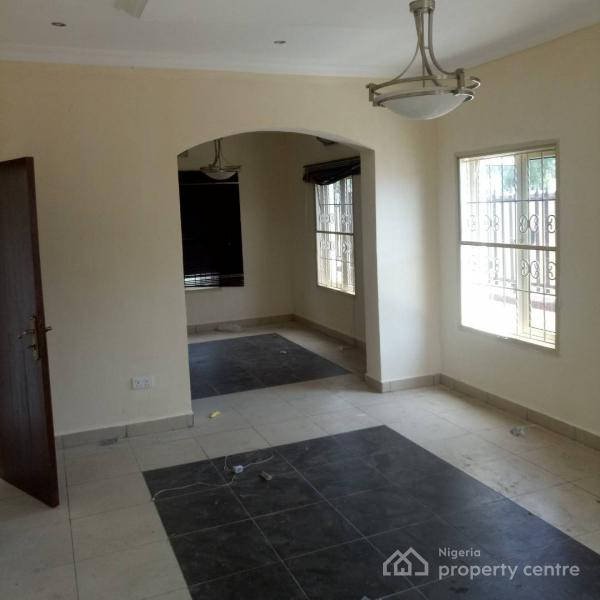 Well Maintained 4 Bedroom Detached House with a Room Bq, Fountain Spring Ville Estate, Sangotedo, Ajah, Lagos, Detached Duplex for Rent