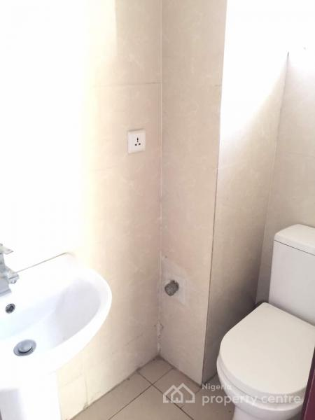 a Well Maintained 3-bedroom Flat, Cromwell Estate, Lekki, Lagos, Flat for Rent