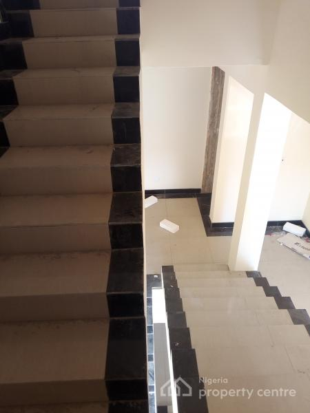 Fully Serviced Brand New 4 Bedroom En-suite Terrace Houses with Bq, Swimming Pool. N95m Asking, N100m Asking, Lekki Phase 1, Lekki, Lagos, Terraced Duplex for Sale