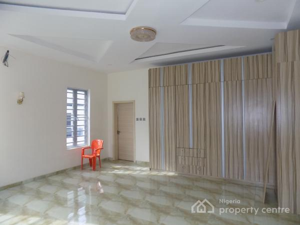 Humongous 5 Bedroom Luxury Detached Duplex with a Domestic Quarter, By Circle Mall, Osapa, Lekki, Lagos, Detached Duplex for Sale