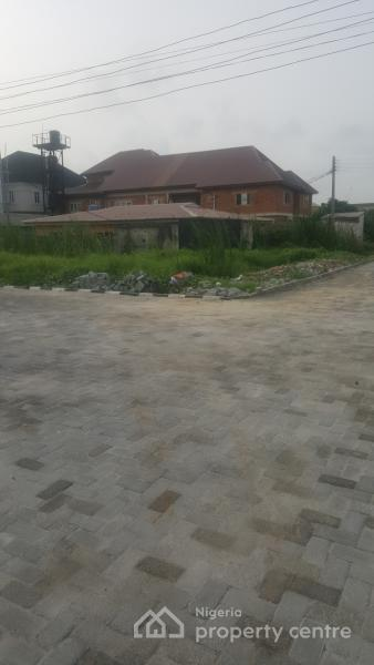 Land Size : 813sqm ( Corner-piece) with Old Structures That Can Be Demolished and Used to Fill The Land, Agungi, Lekki, Lagos, Residential Land for Sale