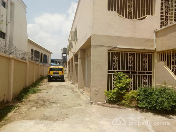 6 Bedroom Semi Detached Duplex + 2 Room Bq, Zone 6, Wuse, Abuja, Semi-detached Duplex for Sale