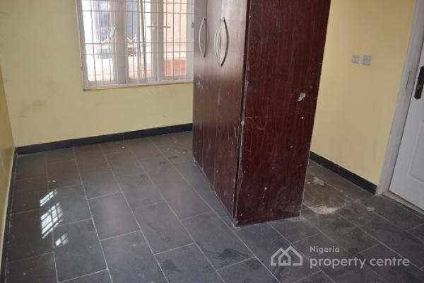 a Unit of 4 Bedroom Terrace Duplex with 2 Sitting Rooms and a Bq, Along Nnpc Road, Guzape District, Abuja, Terraced Duplex for Sale