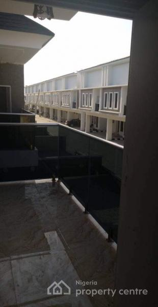 Serviced 4 Bedroom Semi-detached Duplex, Victoria Crest Estates, Lafiaji, Orchid Hotel Road, Chevron Toll-gate, Lafiaji, Lekki, Lagos, Semi-detached Duplex for Sale
