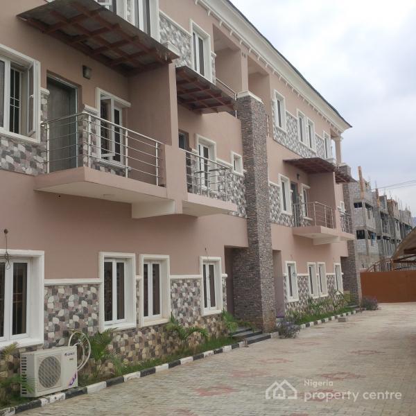 For Rent: Lavishly & Exquisite Finished 4 Units, 4