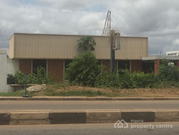 Office and Warehouse, 79/81, Ahmadu Bello Way, Kakuri, Kajuru, Kaduna, Warehouse for Sale