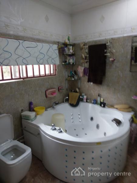 5 Bedroom Terrace Duplex, Vanern Crescent, Off Euphrates Street, Off Aguiyi Ironsi, By Regent School Former Fcda Estate, Maitama District, Abuja, Terraced Duplex for Sale