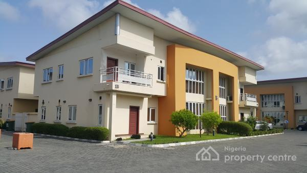 Well Finished 4 Bedroom Semi-detached House with Bq, Chevron Drive, Lekki, Lagos, Semi-detached Duplex for Rent