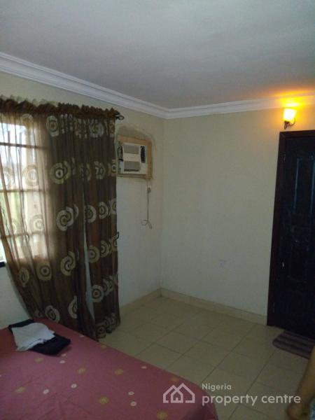 Fully Furnished 2 Bedroom Penthouse, Palm Crescent Estate, Badore, Ajah, Lagos, Flat Short Let