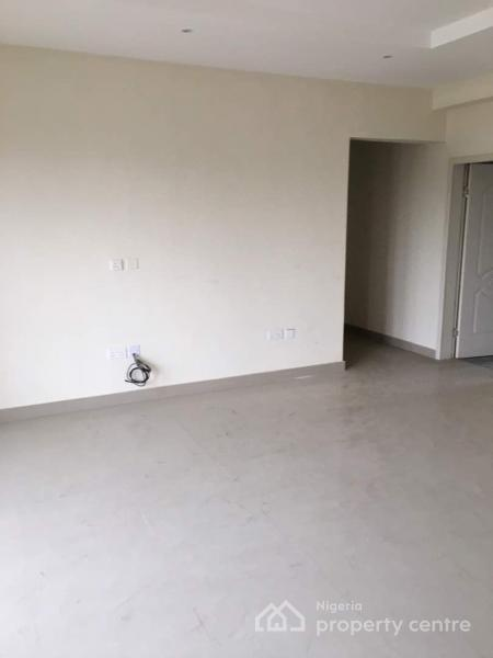 Brand New and Luxury 3 Bedrooms Apartment with a Room Bq Each, Sabo, Yaba, Lagos, Flat for Sale