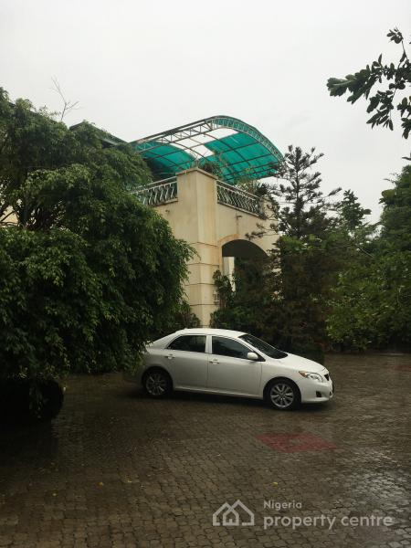 5 Bedrooms Duplex with 1 Bedrooms Guest Charlet and 2 Rooms Boys Quarters, Off Danube Street, Maitama District, Abuja, Detached Duplex for Sale