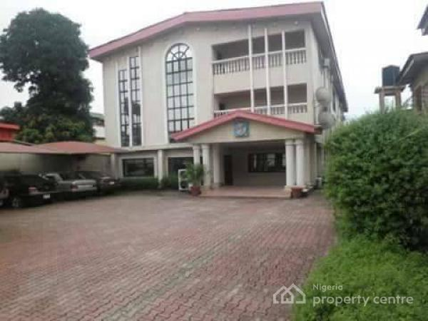 For sale 30 room hotel off osolo way off airport road for Houses for sale with suites