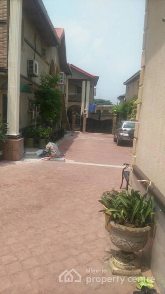 Luxury 3 Bedroom Flat, Omole Phase 2, Ikeja, Lagos, Flat for Rent