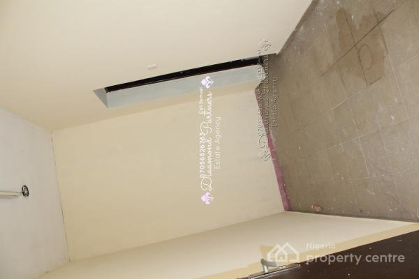 Self Contain Bq  Lekki Phase 1, Lekki, Lagos, Self Contained (single Rooms) for Rent