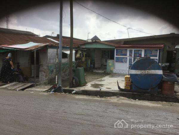 a Tenement Rate Bungalow on a Plot of Land Measuring 558.30 Square Meters with Family Receipt /survey, Ayetoro Street, Off Adebola Ojomo Street, Surulere, Lagos, Detached Bungalow for Sale