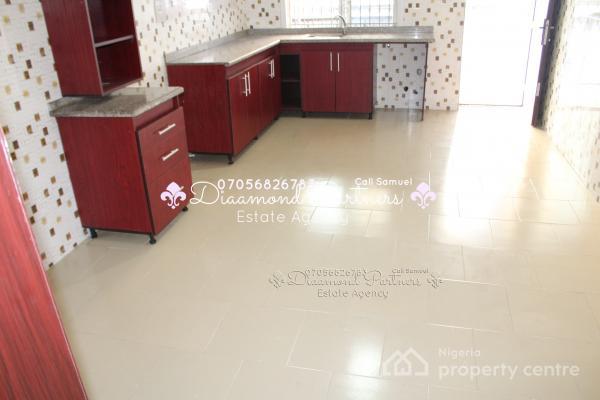 3 (three) Bedroom Flat, Lekki Phase 1, Lekki, Lagos, Flat for Rent