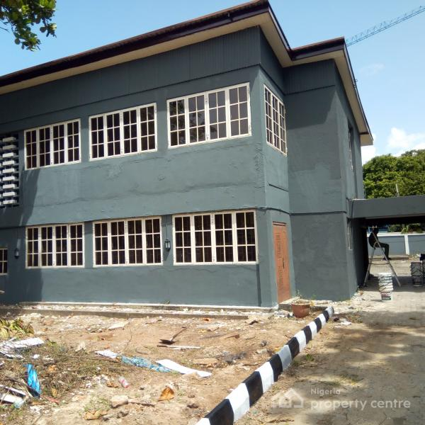 Duplex Housing For Rent: For Rent: Renovated 5 Bedroom Detached Duplex With A Room
