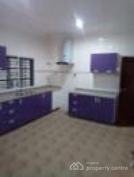 3 Bedroom Terrace Apartment with Bq Code Ibd, Cedar Street, Alalubosa Gra, Alalubosa, Ibadan, Oyo, Terraced Duplex for Rent