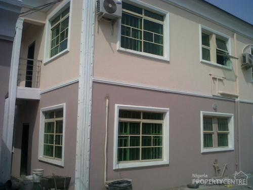 Executive Furnished/serviced Room Self Contained, Fola Agoro, Yaba, Lagos, Self Contained (single Rooms) for Rent