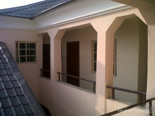 - 52382_26577-to-let-in-fola-goro-executive-furnishedserviced-roomself-for-rentworking-class-self-contained-for-rent-fola-agoro-yaba-lagos-nigeria