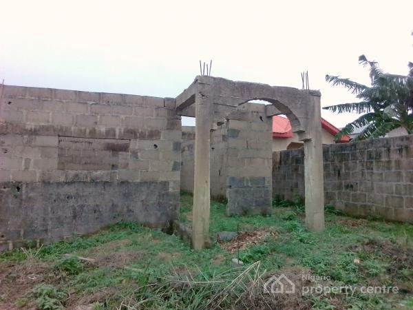 Uncompleted 3bedroom Bungalow, Mowo Kekere,off Ijede Rd,ikorodu Lagos, Ikorodu, Lagos, House for Sale