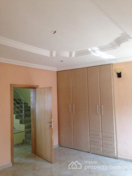 4 Bedroom Terraced Duplex, Osapa, Lekki, Lagos, Terraced Duplex for Rent